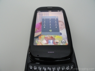 palm_pre_plus_slideout_keyboard_5