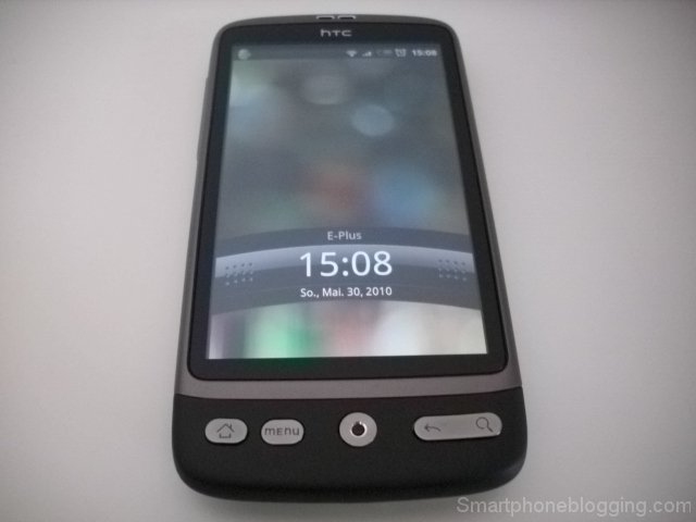 htc desire front display turned on