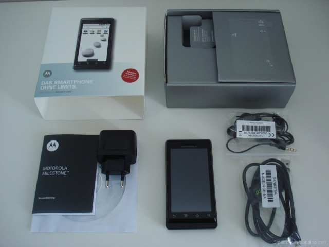motorola_milestone_droid_packaging
