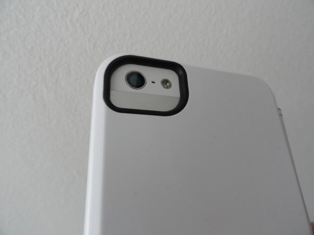 tech21_snapcase_iphone5_camera