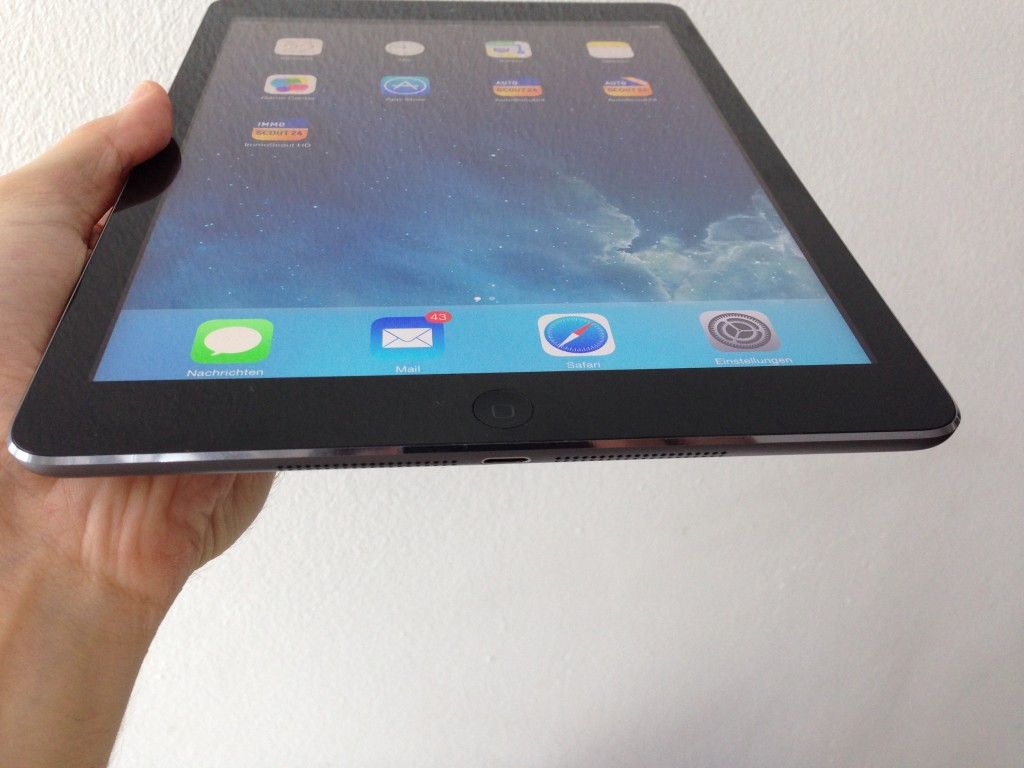 iPad_Air_Bottom