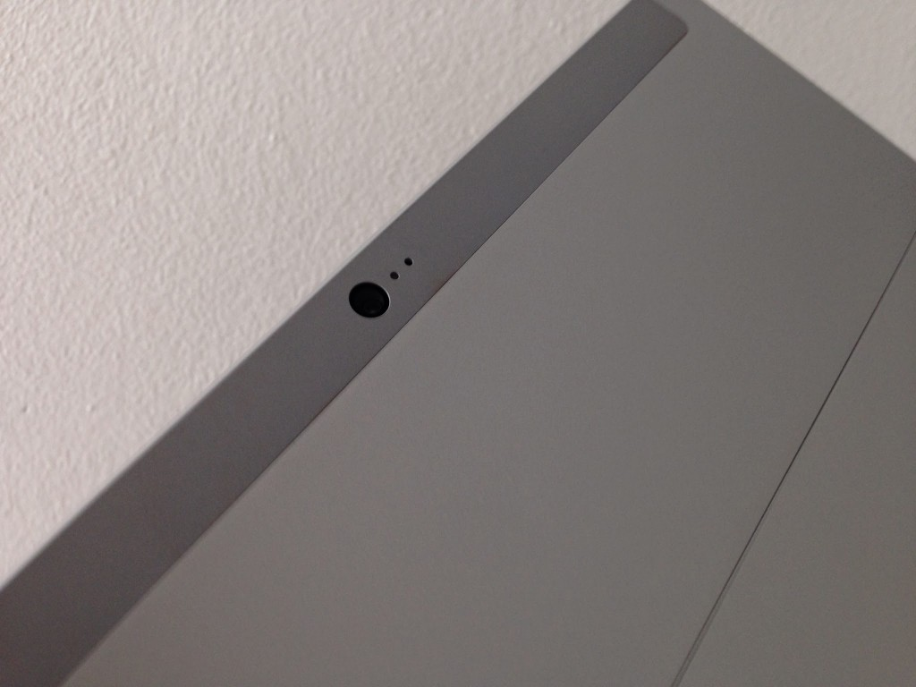 Microsoft_Surface_2_RT_Back_Cam